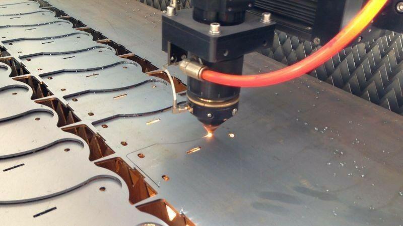 Laser cutting manufacturing